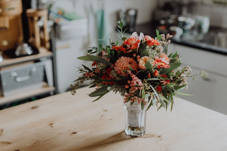 Hochzeitsfotograf Basel Brautstrauß Blumen
