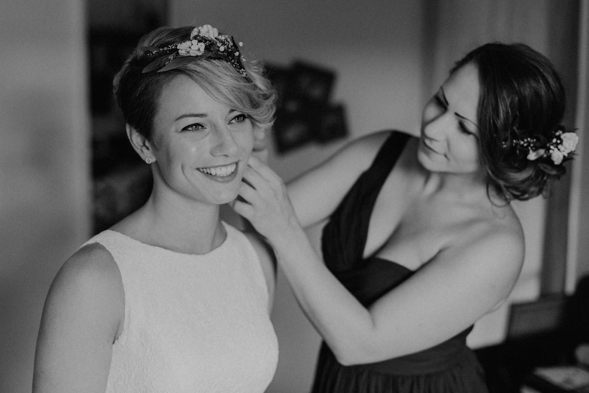 Vintage Barn Wedding Swabian Alb Getting Ready Bride