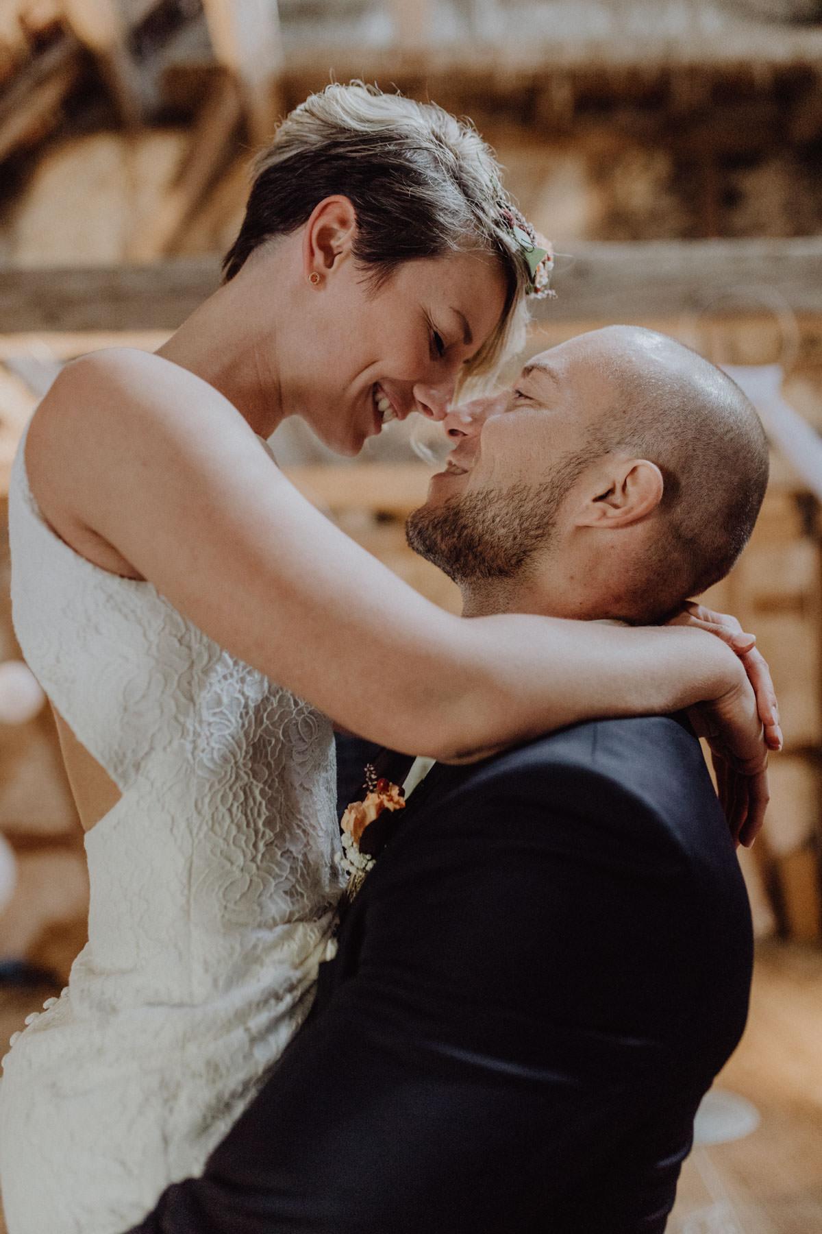 Vintage Scheunen Hochzeit Brautshooting