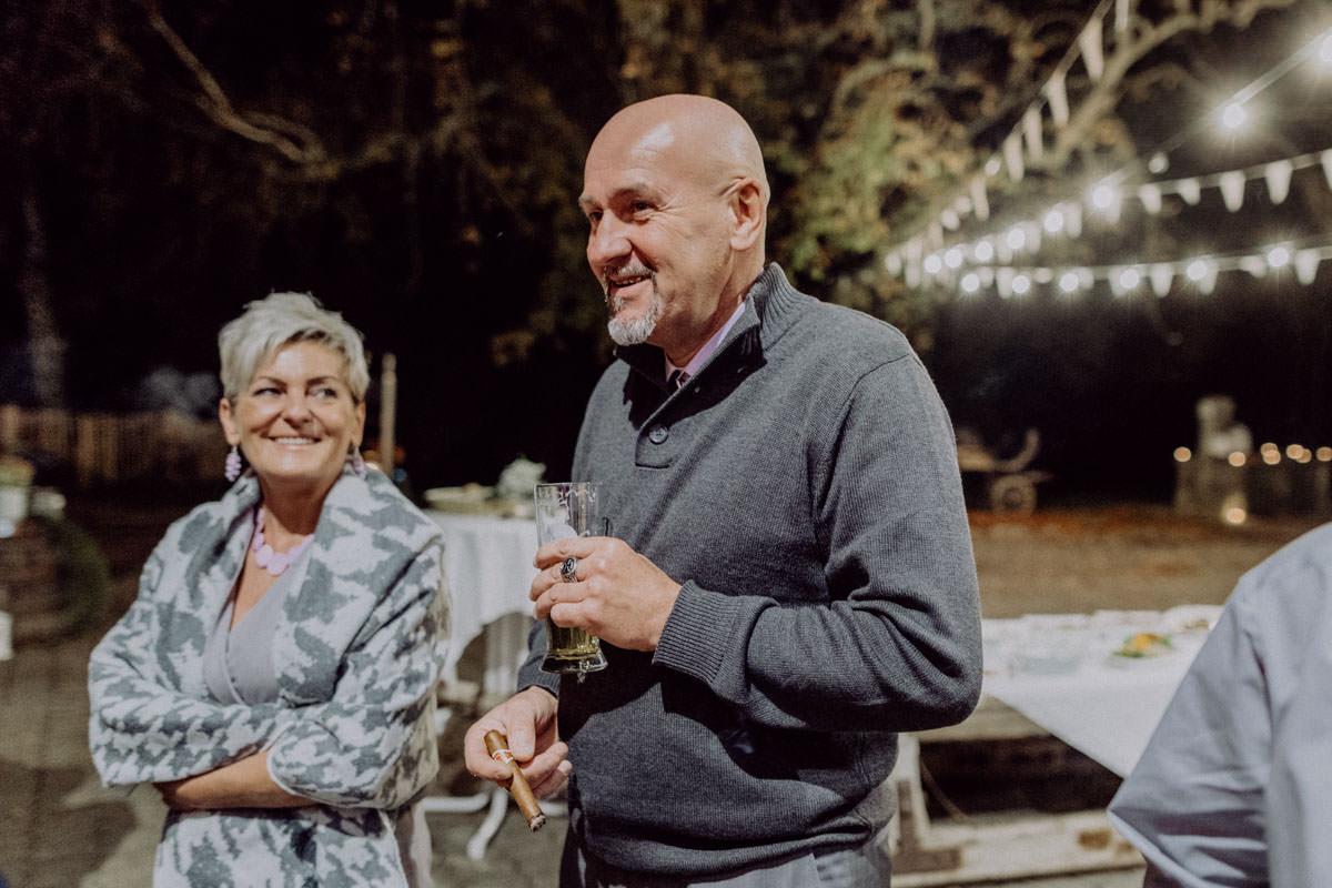 Vintage Scheunen Hochzeit Schwäbische Alb Abendstimmung Lichterkette