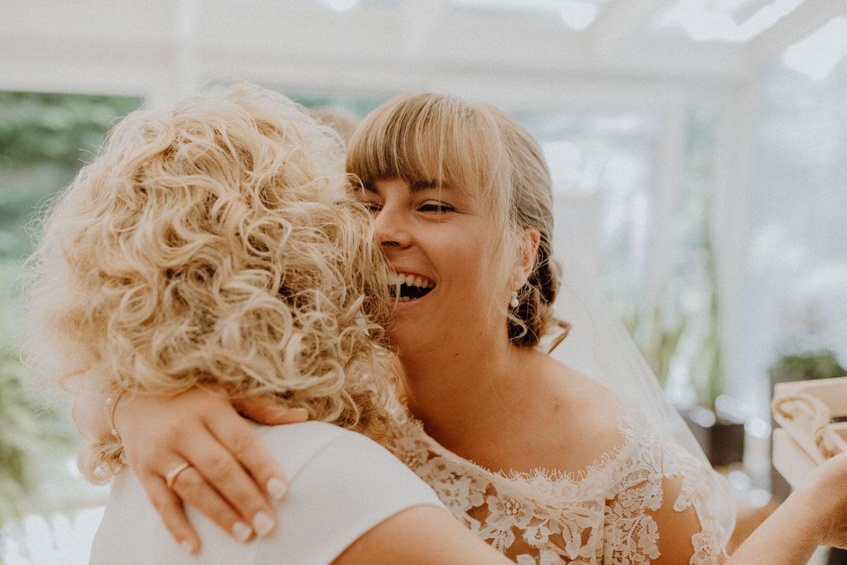 Hochzeitsfotograf Bayern Getting Ready Braut