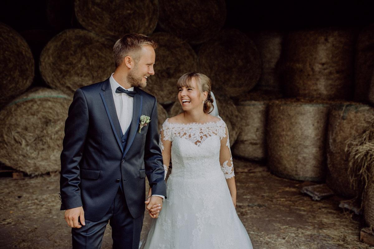 Hochzeitsfotograf Bayern Scheune Fotos