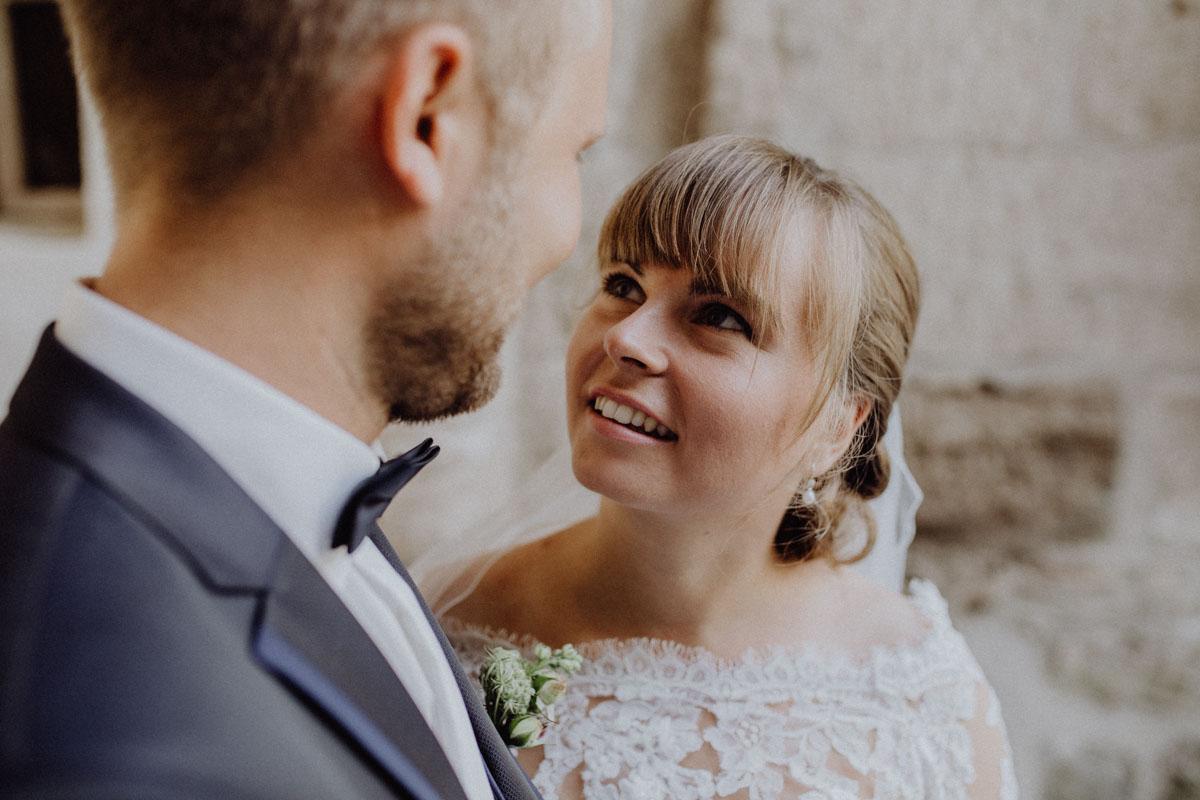 Junges Brautpaar Hochzeit