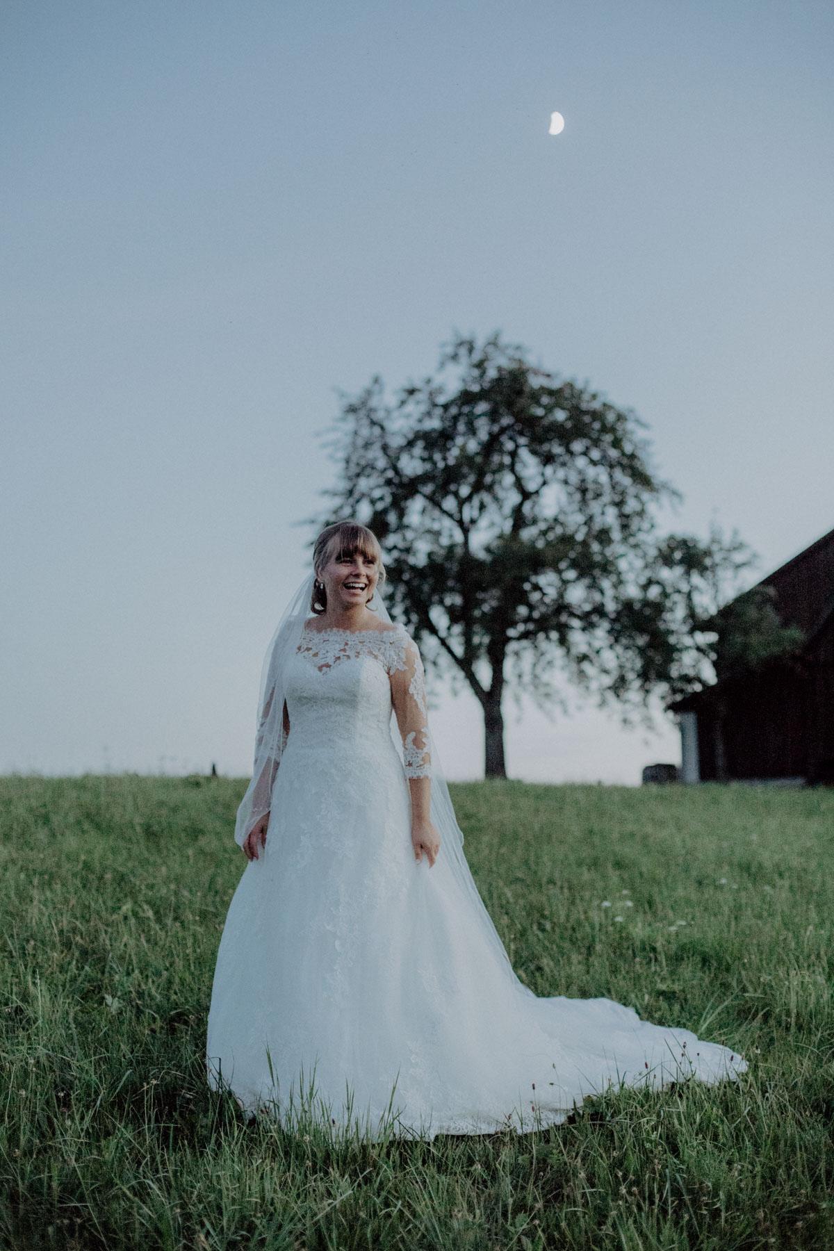 Hochzeitsfotograf Bayern Braut Brautkleid Pronovias