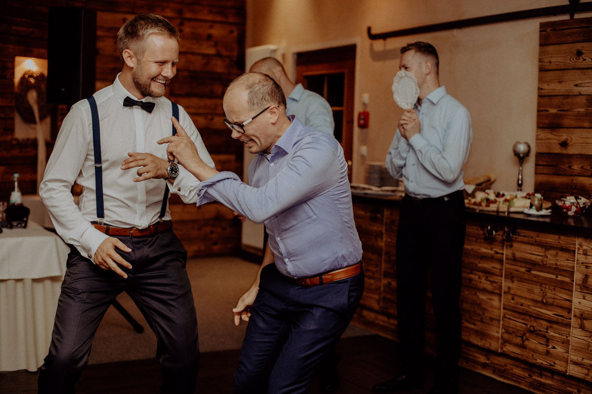 Party Hochzeit Bräutigam Tanzen
