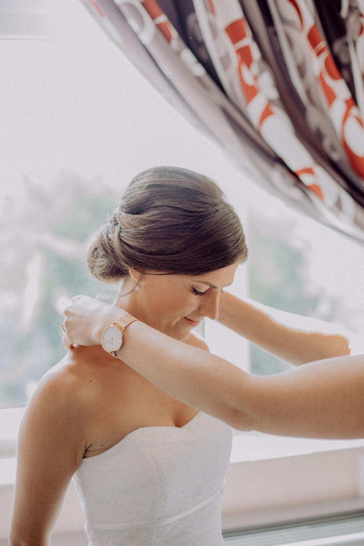 Hochzeitsfotograf Stuttgart Getting Ready Braut