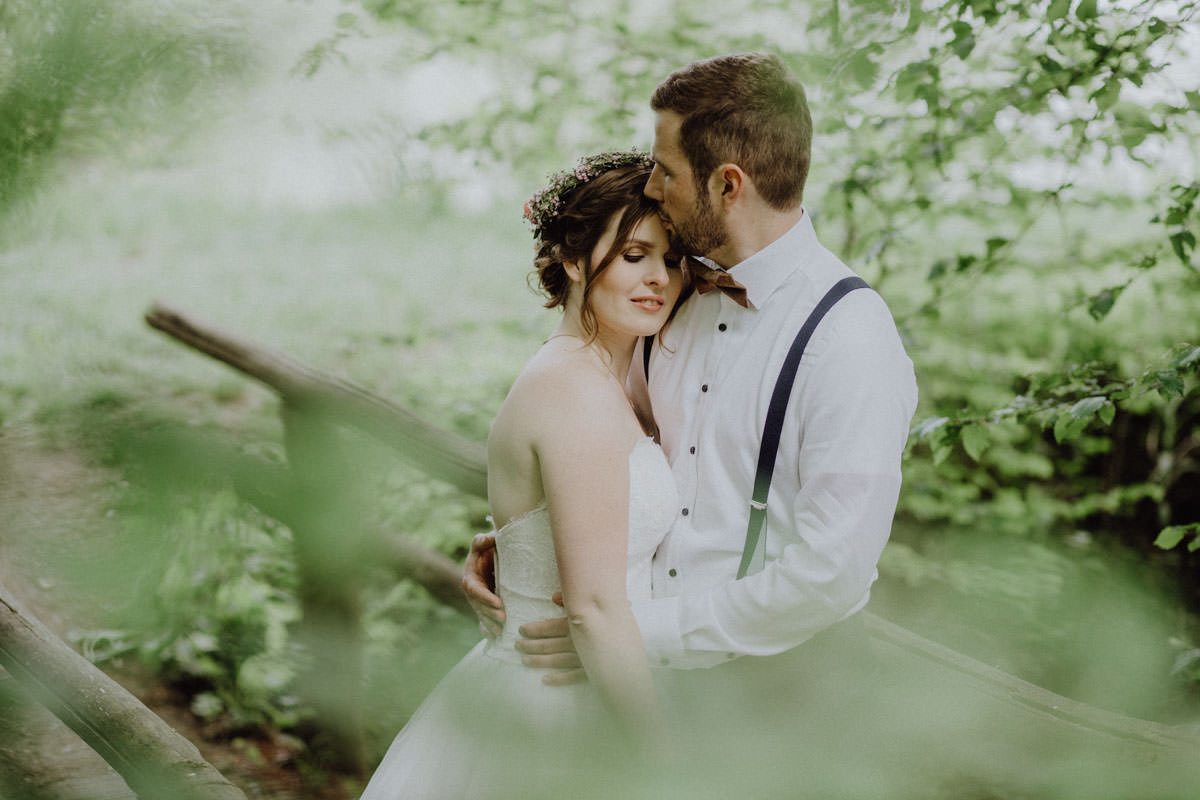 Vintage Couple Wedding Forest