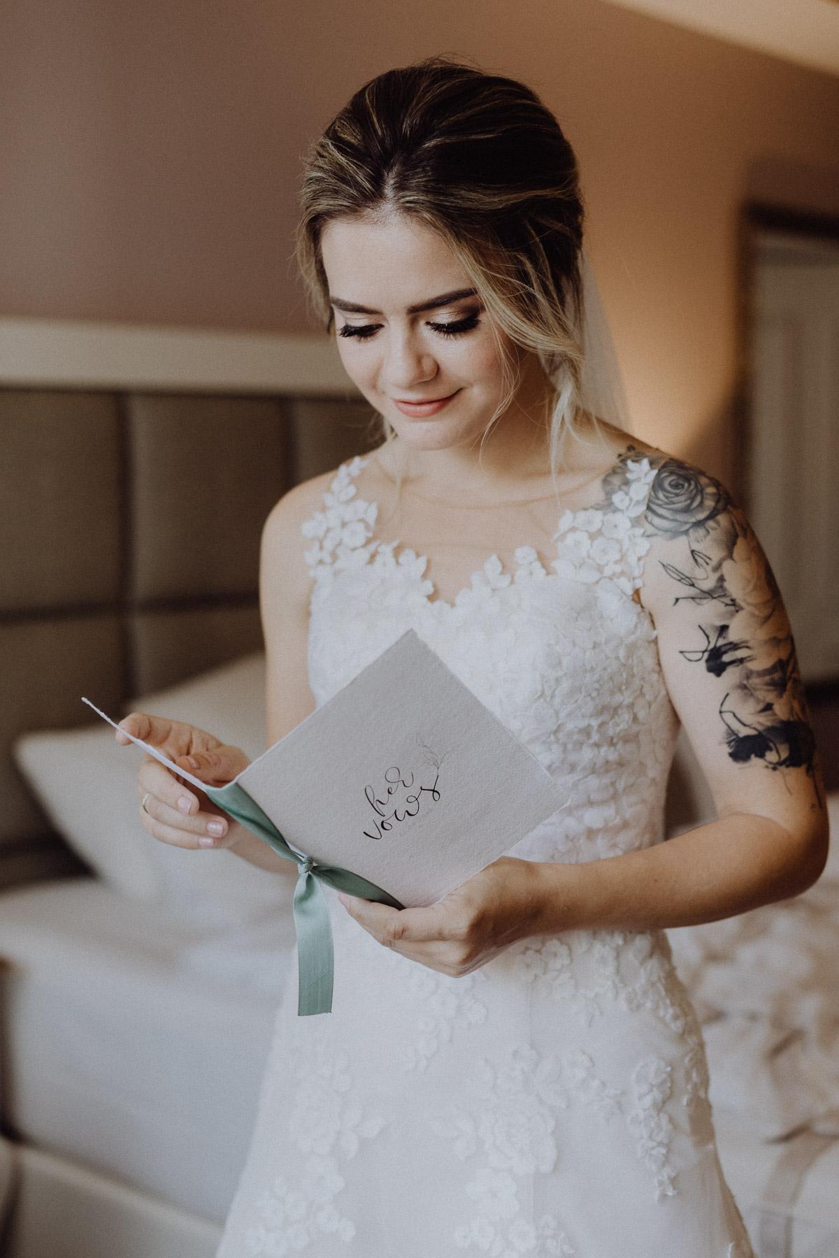 braut liesst vows